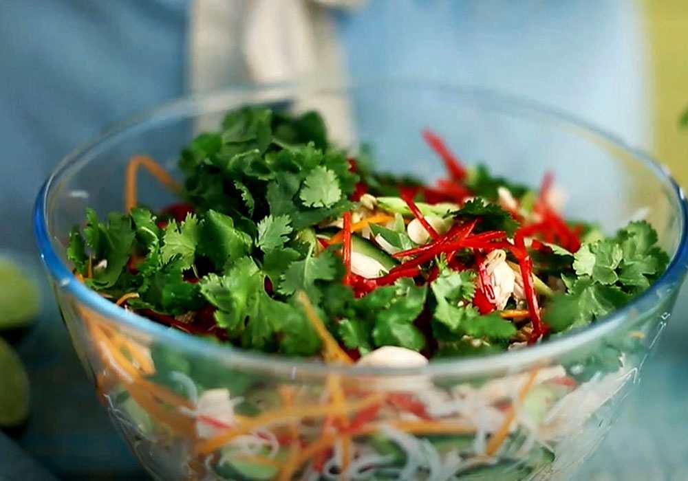 Английский салат из курицы - пошаговый рецепт, фото 1