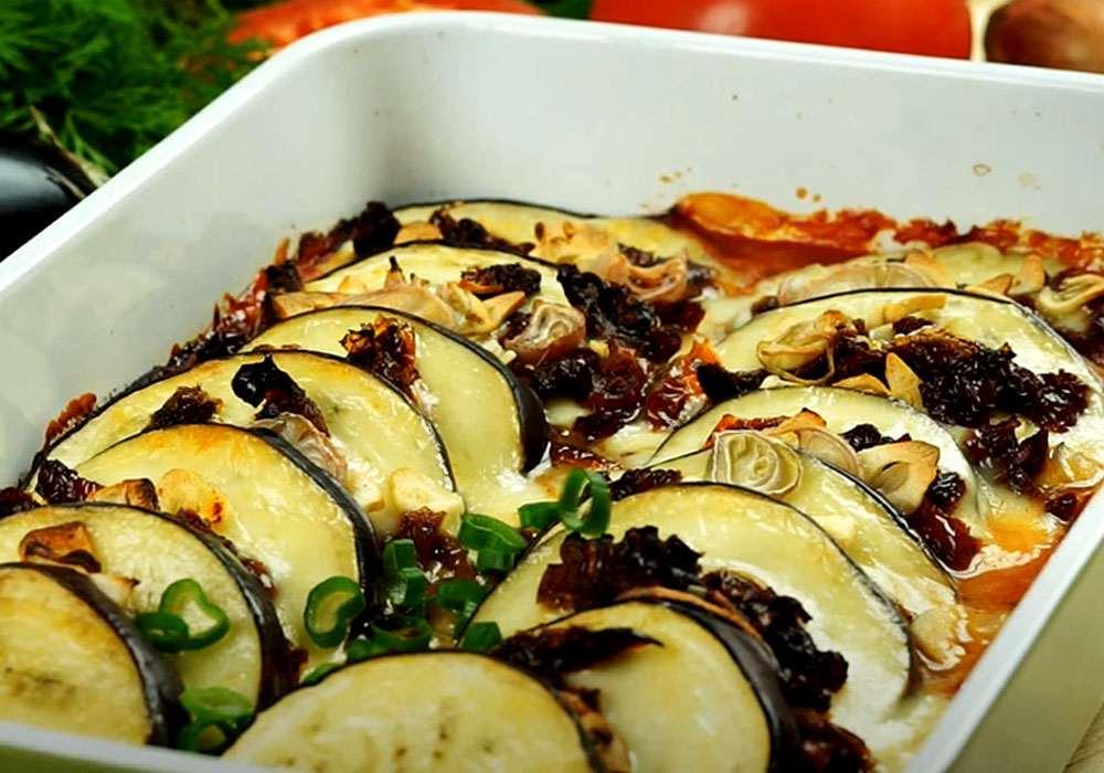Баклажаны с зеленью и чесноком - пошаговый рецепт, фото 1