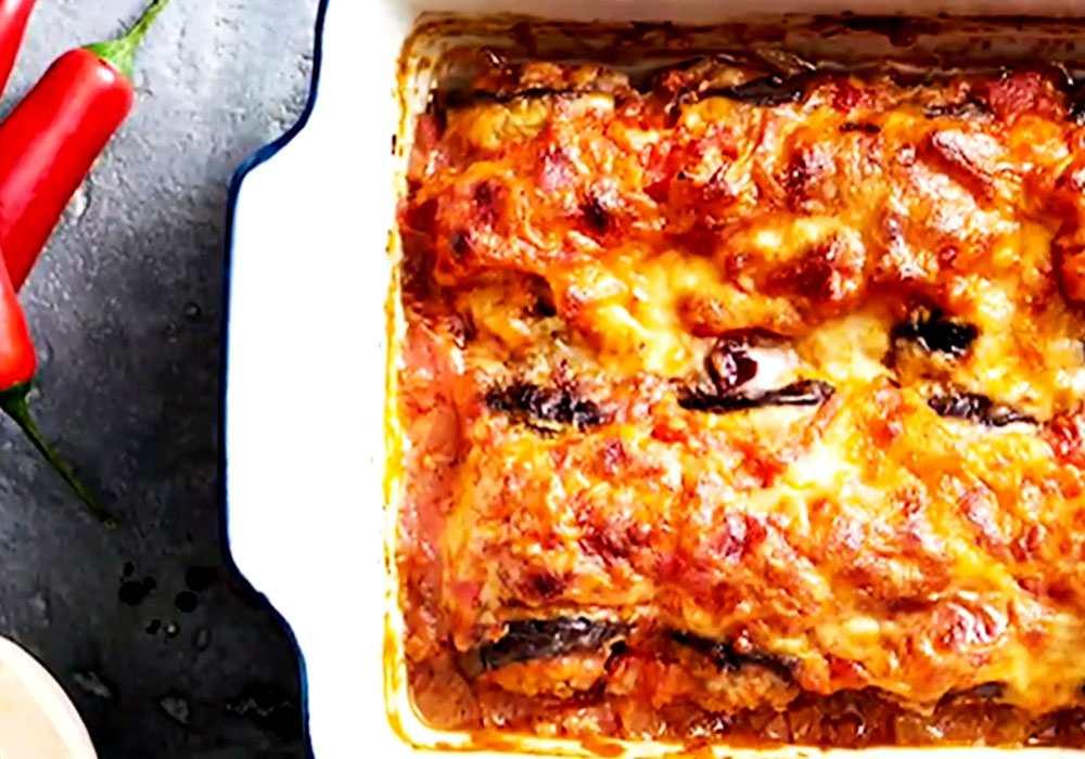 Баклажани в духовці з помідорами сиром і часником - покроковий рецепт, фото 1