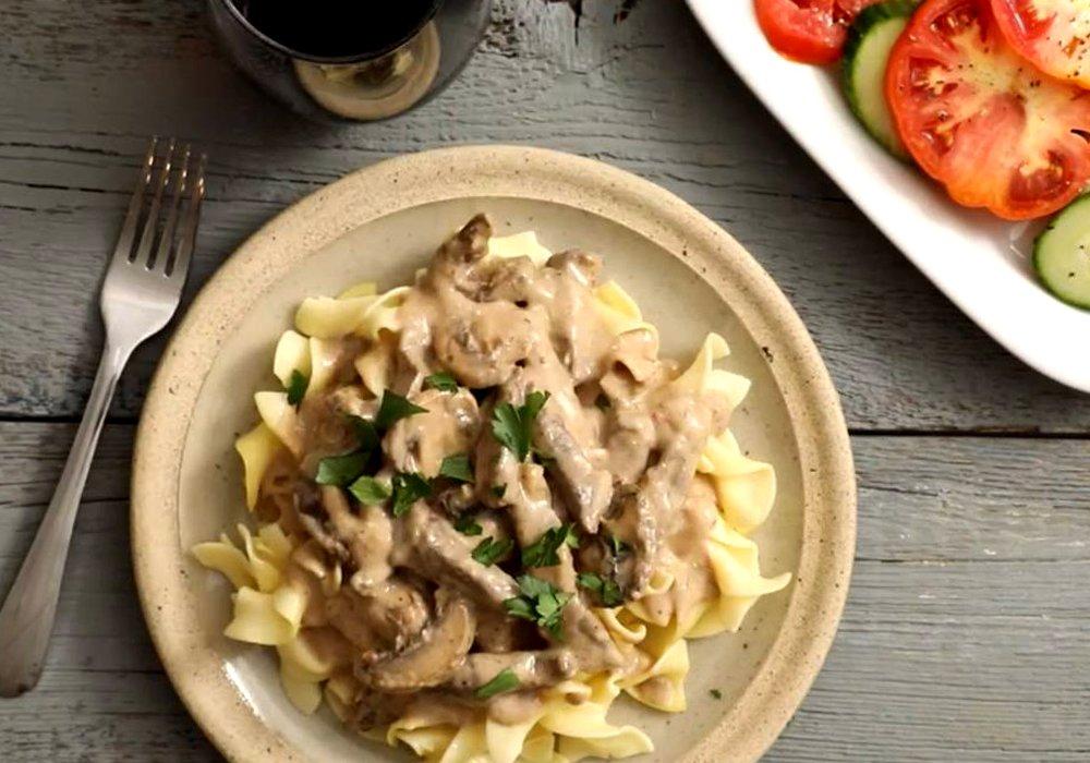 Бефстроганов из говядины с грибами - пошаговый рецепт, фото 1