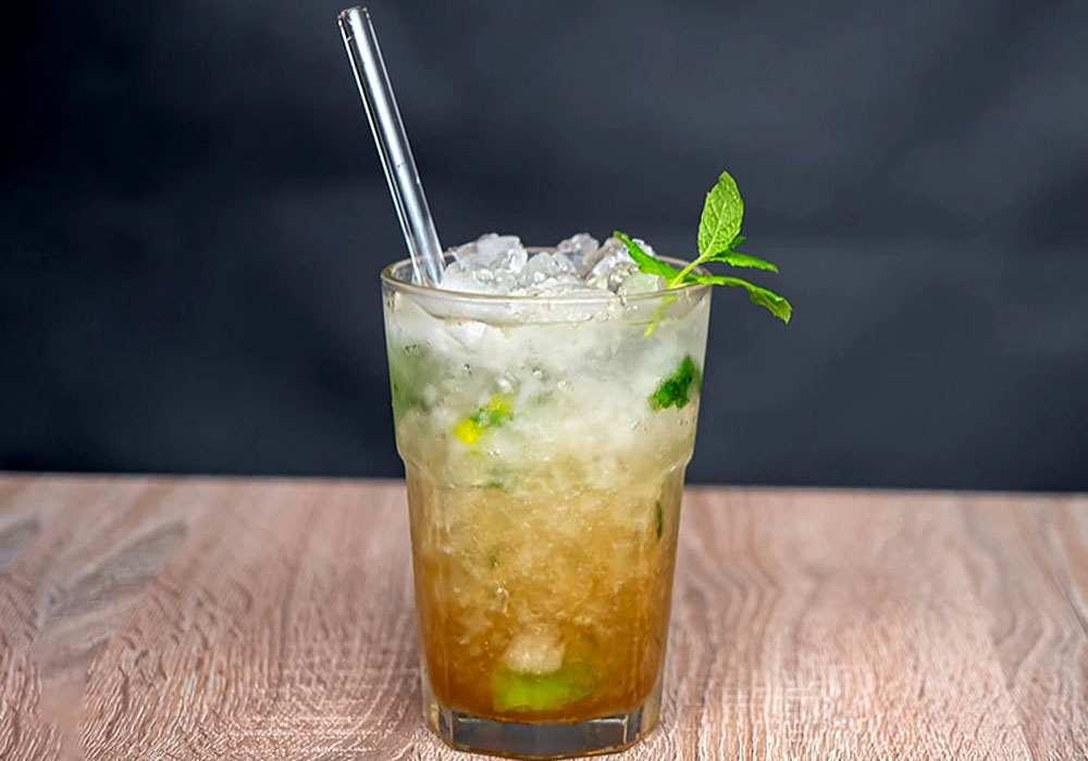 """Безалкогольний коктейль """"Мохіто"""" - покроковий рецепт, фото 1"""
