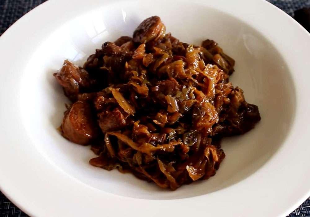 Бигус из квашеной капусты - пошаговый рецепт, фото 1