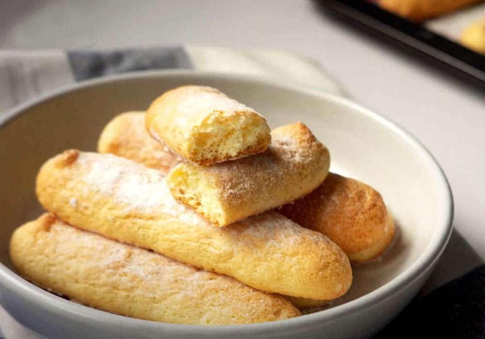 """Бисквитные палочки (Savoiardi или """"Дамские пальчики"""") - пошаговый рецепт, фото 1"""