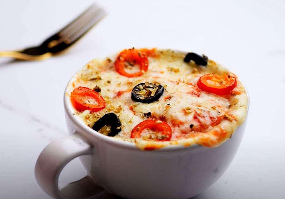 Швидка піца в мікрохвильовці з сиром - покроковий рецепт, фото 1