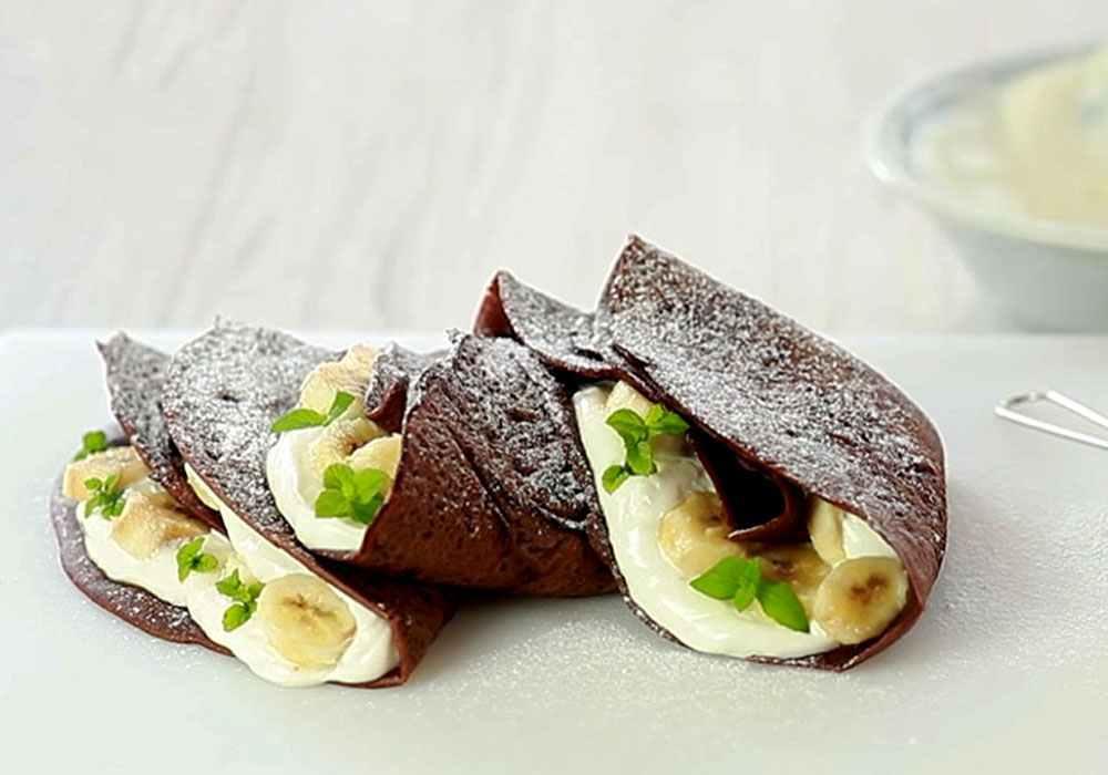 Млинці з банановою начинкою і шоколадом - покроковий рецепт, фото 1
