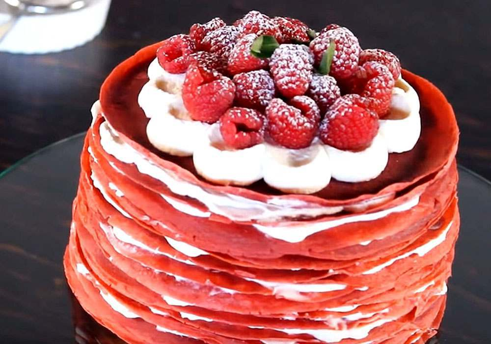 Блинный торт с творожным кремом и ягодами на сковороде - пошаговый рецепт, фото 1