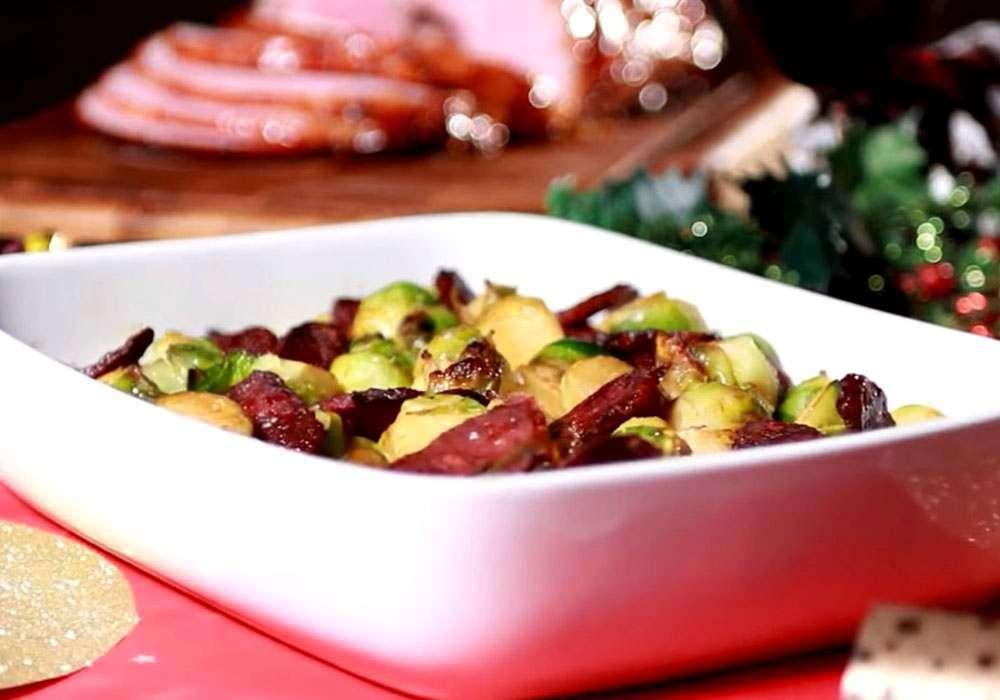 Брюссельская капуста с колбасками чоризо - пошаговый рецепт, фото 1