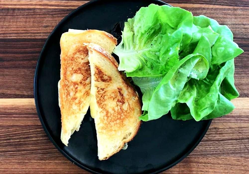 Бутерброд с сыром, маслом и яблоками - пошаговый рецепт, фото 1