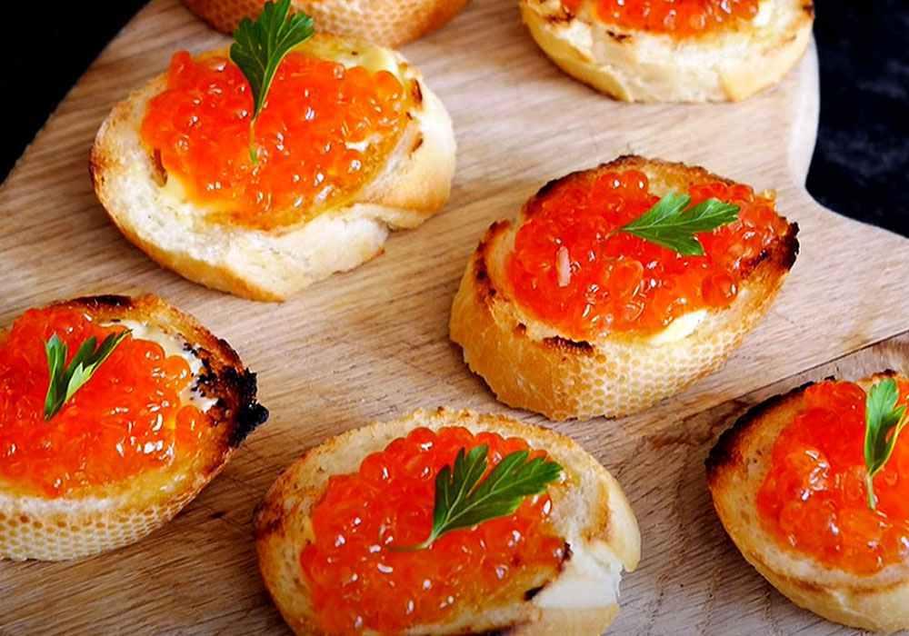 Бутерброды с красной икрой - пошаговый рецепт, фото 1