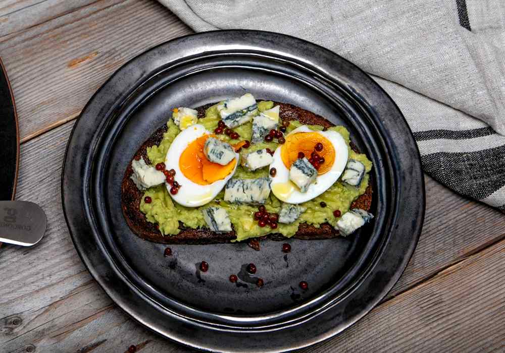 Чесночные гренки из черного хлеба - пошаговый рецепт, фото 1