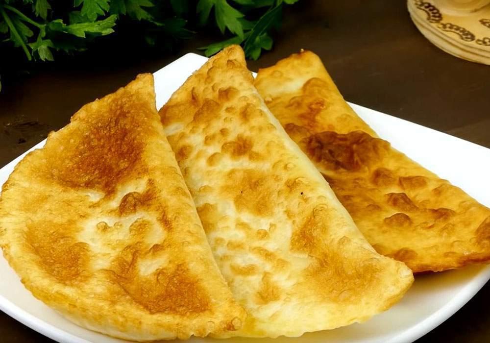 Чебуреки с сыром - пошаговый рецепт, фото 1