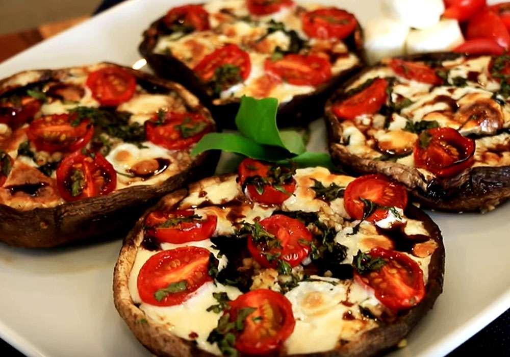 Фаршированные шампиньоны с помидорами в духовке на Новый год - пошаговый рецепт, фото 1