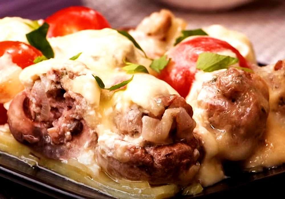Фаршированные шампиньоны с сыром в сметанном соусе - пошаговый рецепт, фото 1