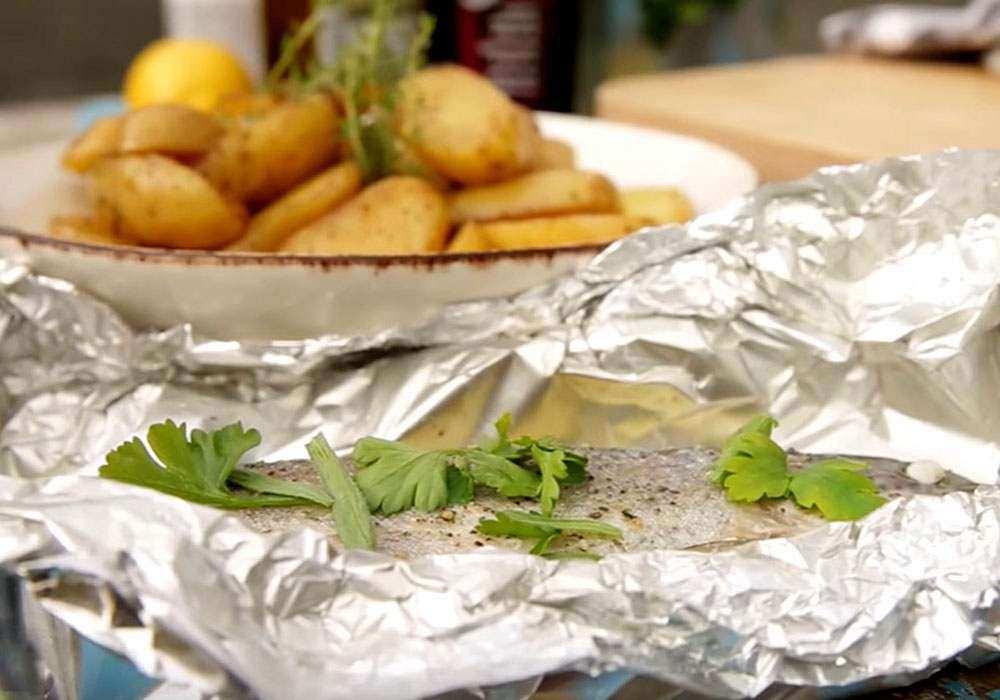 Форель, запеченная с картофелем и фенхелем - пошаговый рецепт, фото 1
