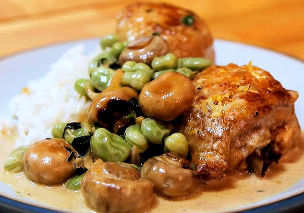 Фрикасе из курицы с грибами - пошаговый рецепт, фото 1