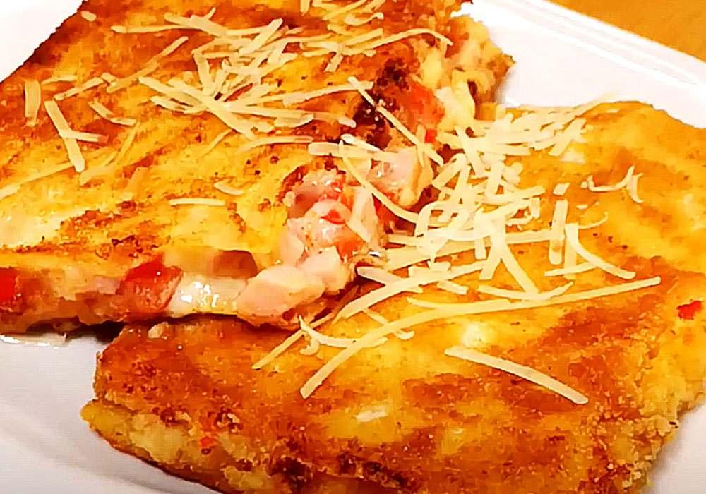 Жареный лаваш с колбасой и сыром - пошаговый рецепт, фото 1