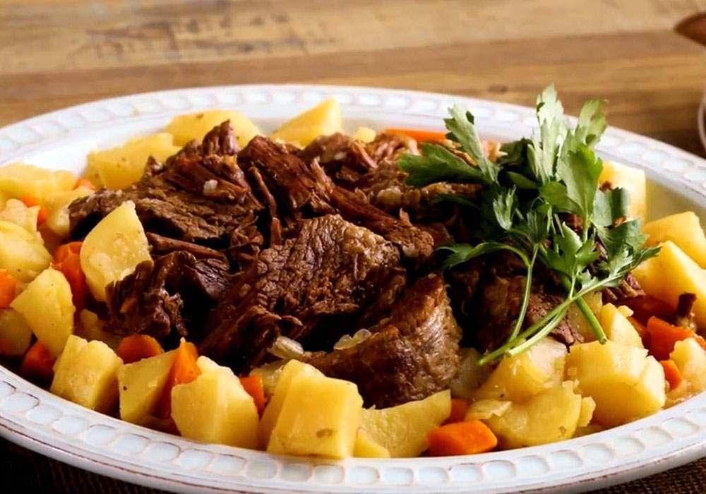 Жаркое из говядины в мультиварке - пошаговый рецепт, фото 1