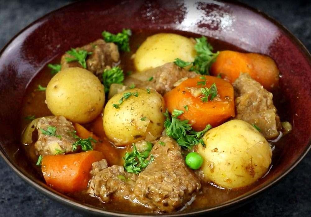 Жаркое из свинины в домашних условиях - пошаговый рецепт, фото 1