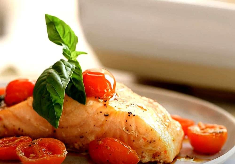 Горбуша, запечённая с помидорами - пошаговый рецепт, фото 1