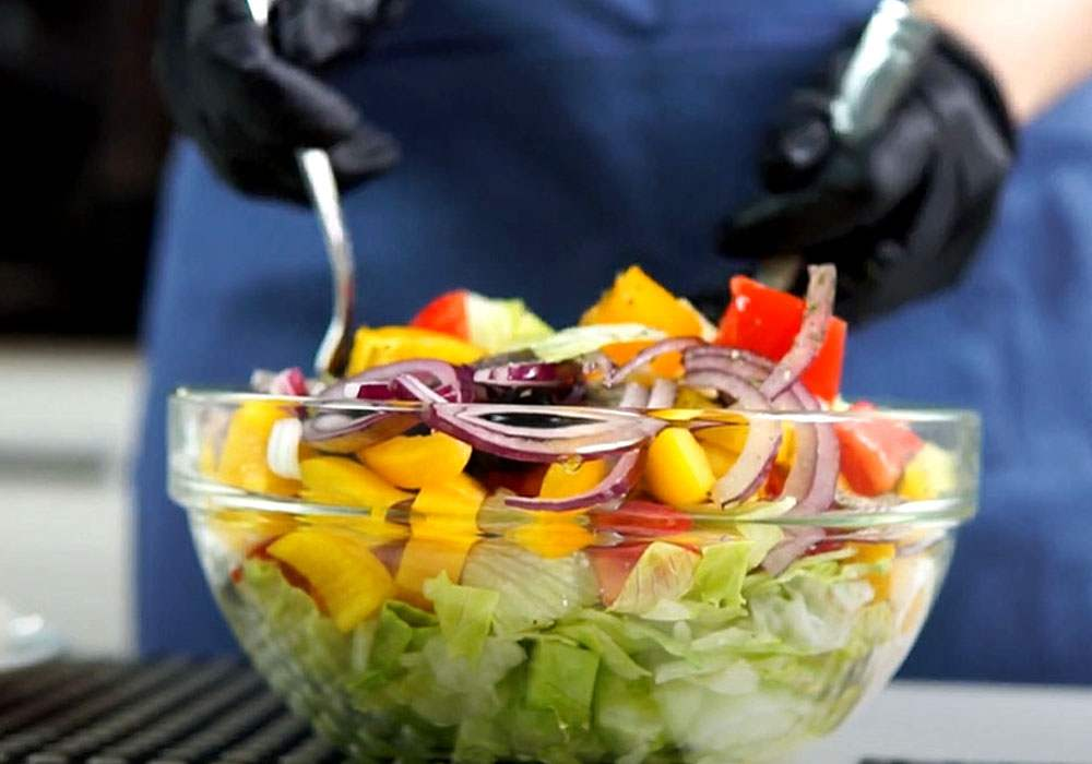 Грецький салат з сиром - покроковий рецепт, фото 1