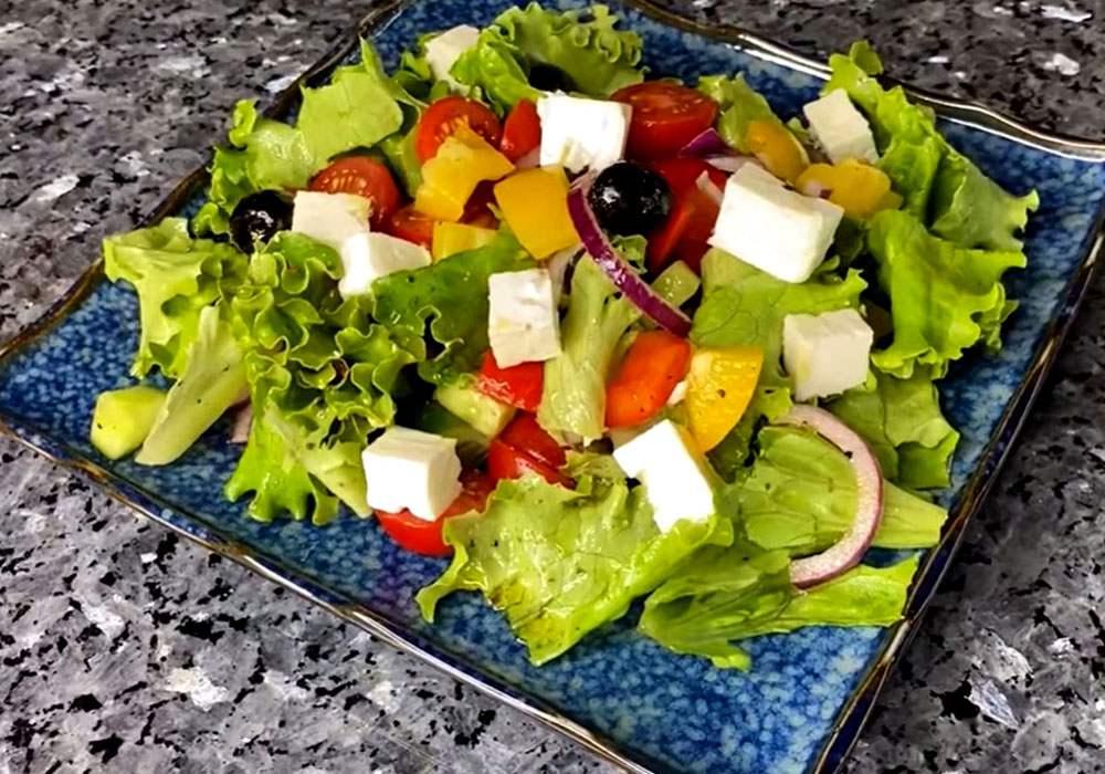 Греческий салат с сыром фета - пошаговый рецепт, фото 1