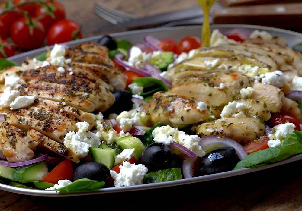 Греческий салат из курицы - пошаговый рецепт, фото 1