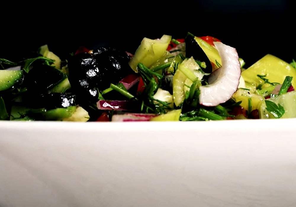 Греческий салат с подсолнечным маслом - пошаговый рецепт, фото 1