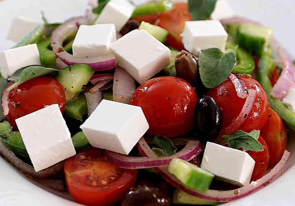 Греческий салат - пошаговый рецепт, фото 1