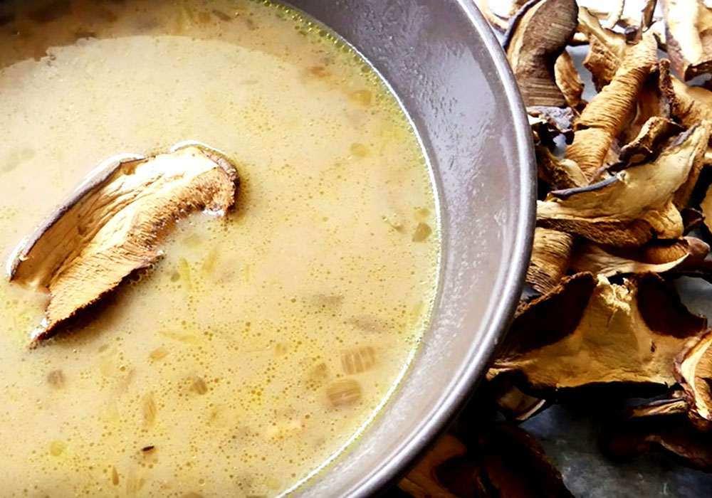 Грибний суп з сушених білих грибів - покроковий рецепт, фото 1