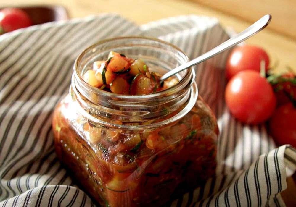 Икра из кабачков с томатами - пошаговый рецепт, фото 1