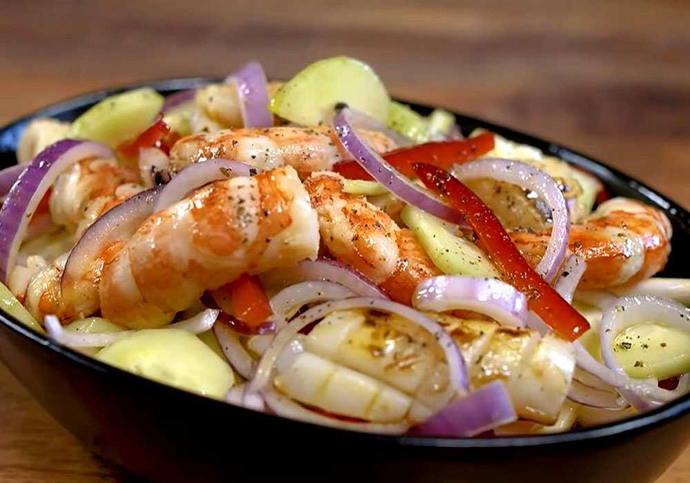 Кальмаровый салат - пошаговый рецепт, фото 1