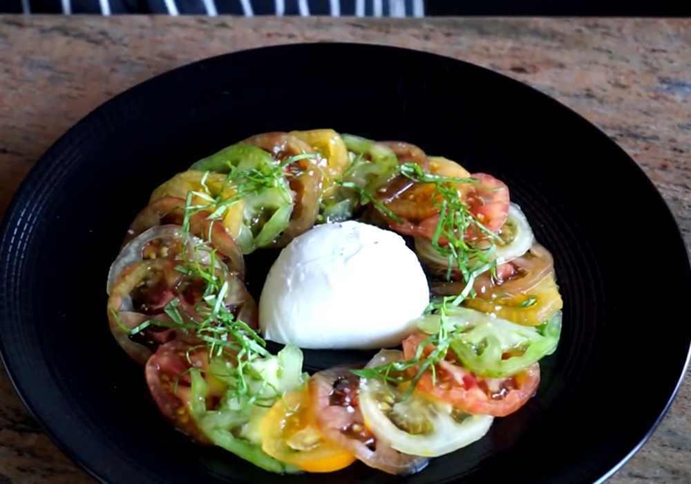 Карпаччо из помидоров с сыром - пошаговый рецепт, фото 1
