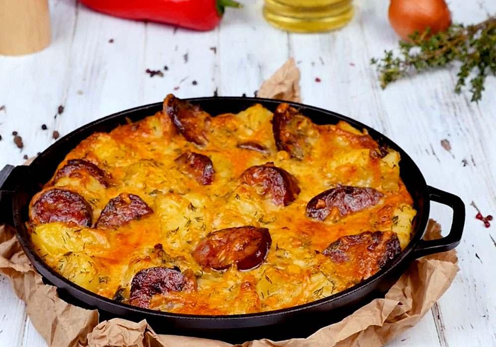 Картопляна запіканка з ковбасою - покроковий рецепт, фото 1
