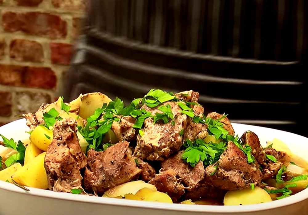 Картопля з м'ясом в банку - покроковий рецепт, фото 1
