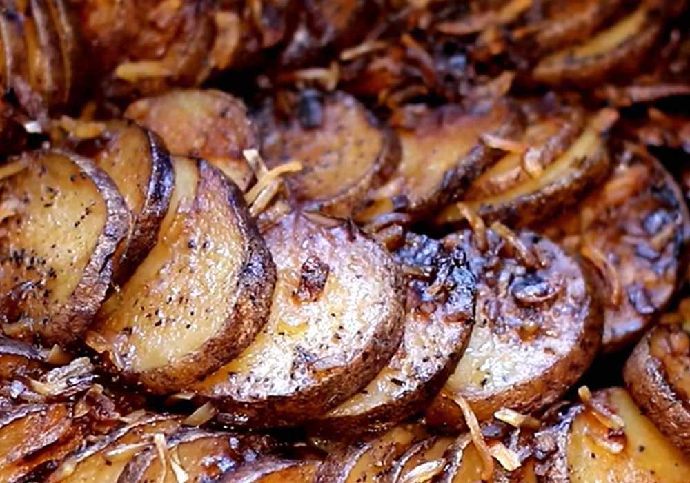 Картопля тушкована в мультиварці - покроковий рецепт, фото 1