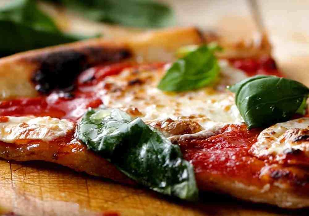 Классическая пицца Маргарита с моцареллой - пошаговый рецепт, фото 1