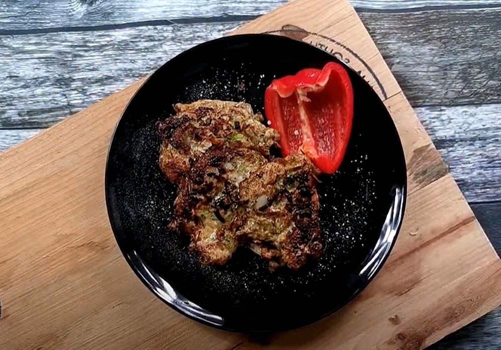 Котлеты из индейки с кабачком - пошаговый рецепт, фото 1