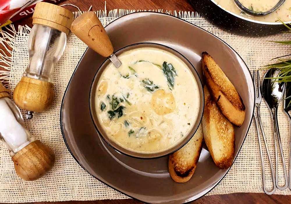 Крем-суп из шпината с креветками - пошаговый рецепт, фото 1