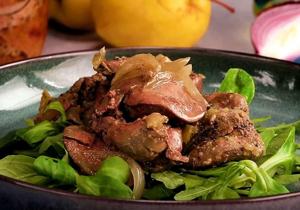 Куриная печень с луком - пошаговый рецепт, фото 1