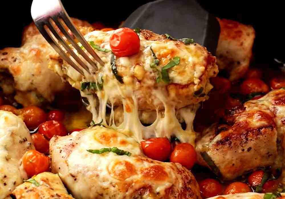Курячі грудки з сиром і помідорами чері в духовці - покроковий рецепт, фото 1