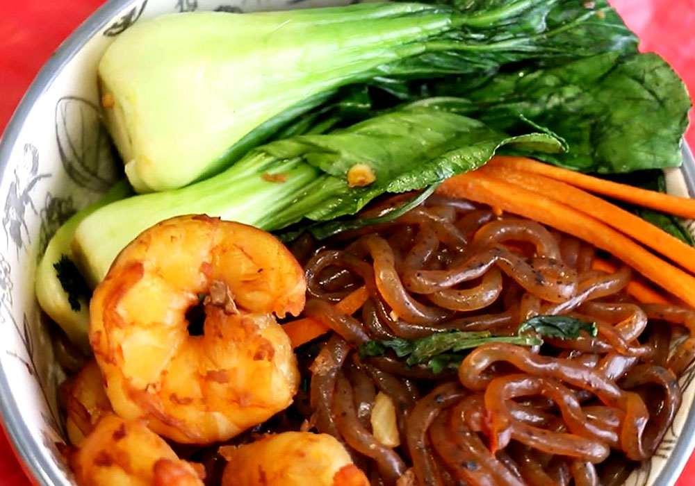 Локшина вок з креветками - покроковий рецепт, фото 1