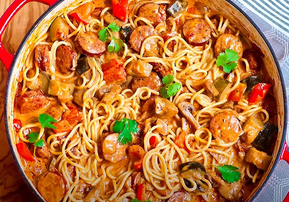 Макароны с колбасой - пошаговый рецепт, фото 1