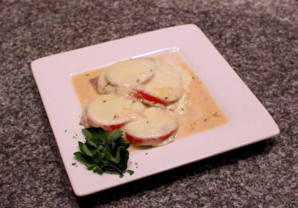 Мясо по-французски с помидорами и сыром - пошаговый рецепт, фото 1