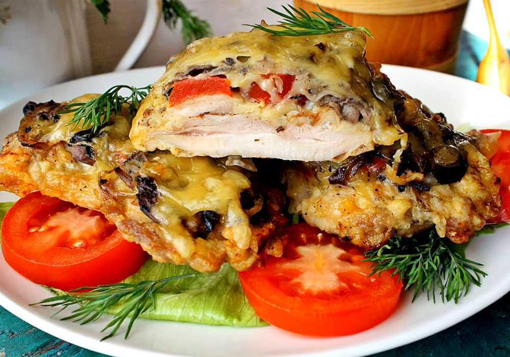 Мясо по-французски с помидорами и грибами - пошаговый рецепт, фото 1
