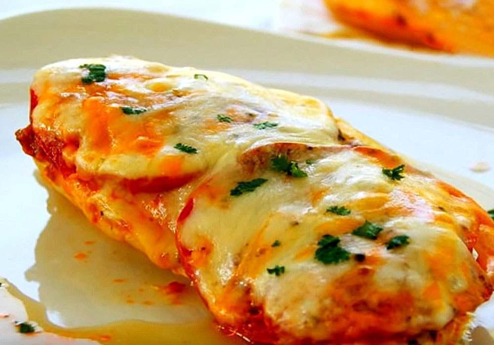 М'ясо по французьки з сиром і помідорами в духовці - покроковий рецепт, фото 1