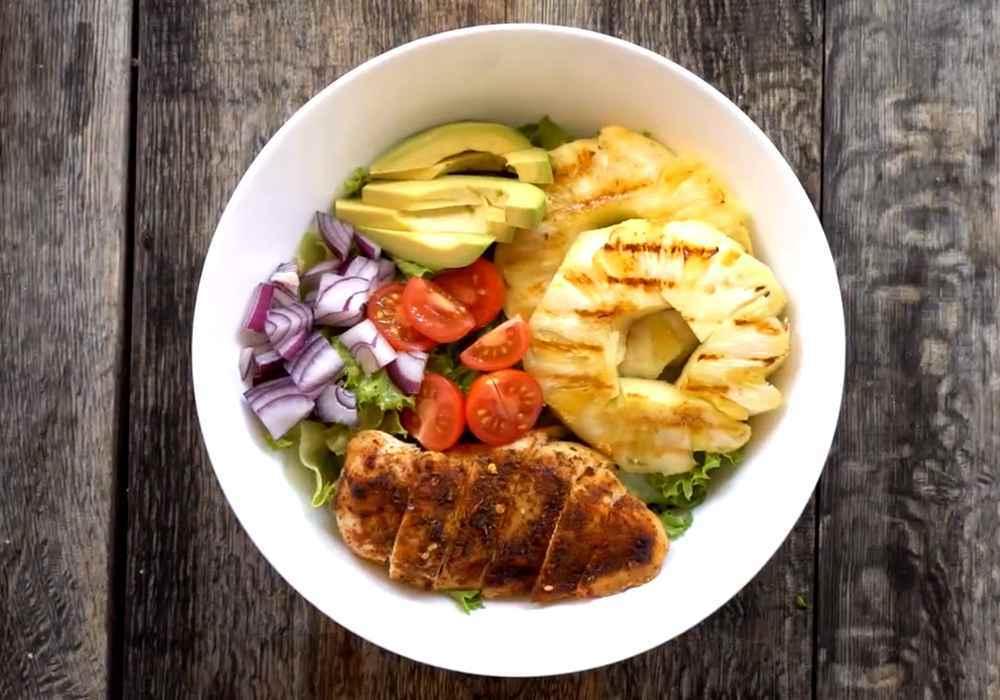 Новогодний салат с курицей и ананасами. - пошаговый рецепт, фото 1