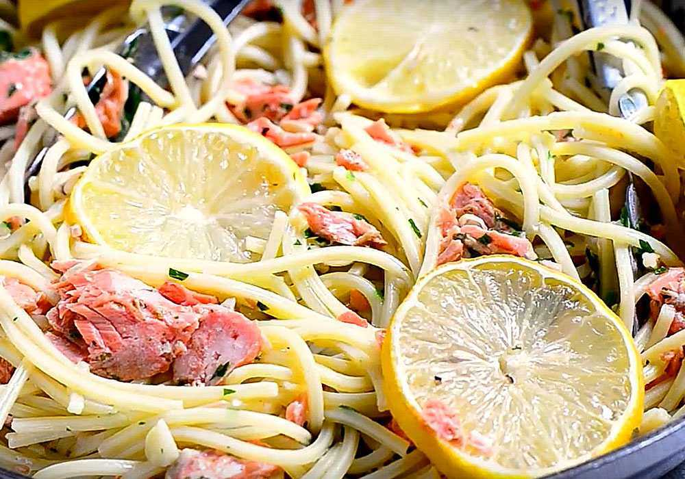 Паста з лососем - покроковий рецепт, фото 1