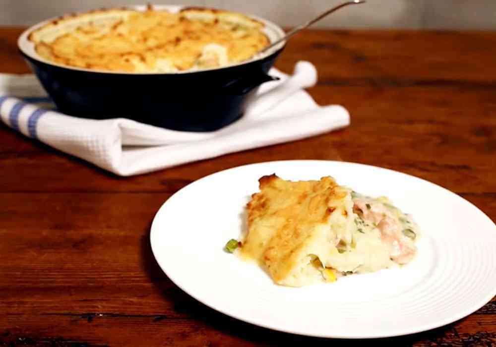 Пирог с рыбной начинкой - пошаговый рецепт, фото 1