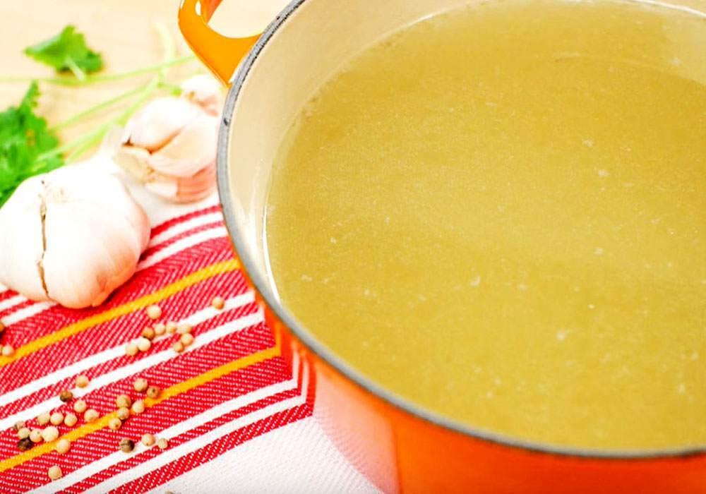 Прозрачный куриный бульон - пошаговый рецепт, фото 1
