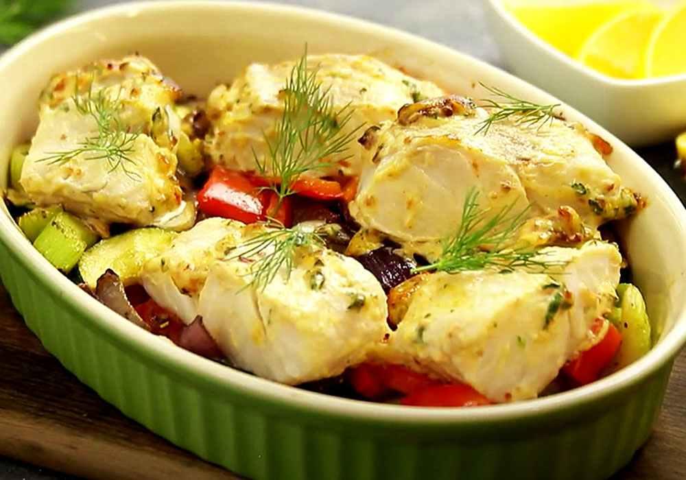 Рыба с луком и морковью в духовке - пошаговый рецепт, фото 1